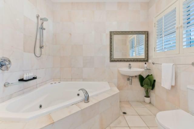 snickare-uppsala-renovera-badrum