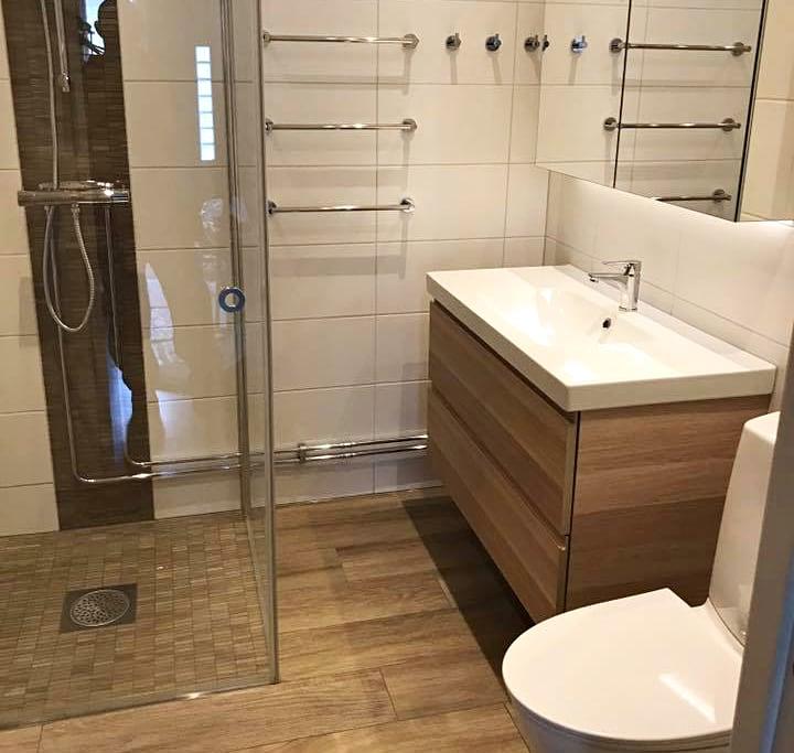 snickare-i-uppsala-badrumsrenovering-nytt-badrum